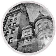 The Stafford Hotel - Grayscale Round Beach Towel