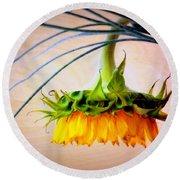 The Sunflower Speaks Round Beach Towel