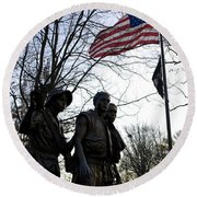 The Three Soldiers - Vietnam War Memorial Round Beach Towel