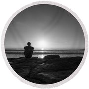 The View Bw Round Beach Towel