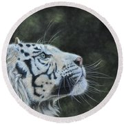The White Tiger And The Butterfly Round Beach Towel