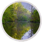 The Wissahickon Creek In The Morning Round Beach Towel