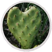 Thorny Heart Round Beach Towel