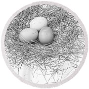 Three Eggs In A Nest Black And White Round Beach Towel