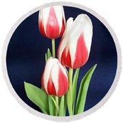 Three Tulips Round Beach Towel