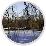Through The Branches 1 - Central Park - Nyc Round Beach Towel
