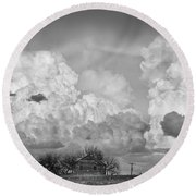 Thunderstorm Clouds And The Little House On The Prarie Bw Round Beach Towel