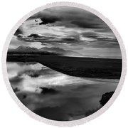 Tidal Pond Sunset New Zealand In Black And White Round Beach Towel