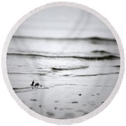 Tide Rolling In Round Beach Towel