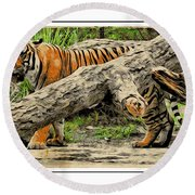 Tiger By The Log Round Beach Towel