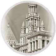 Timeless- New York City Hall Round Beach Towel