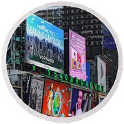 Times Square - Looking South Round Beach Towel