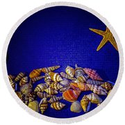 Tiny Sea Shells Round Beach Towel