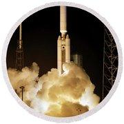 Titan Ivb Launch Round Beach Towel