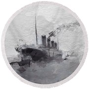 Titanic Leaving Southhampton Round Beach Towel