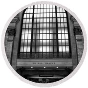 To All Trains Chicago Union Station Round Beach Towel