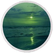 To Green To Be Blue Round Beach Towel