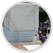 Tomb Of The Unknown Round Beach Towel