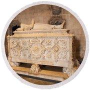 Tomb Of Vasco Da Gama Round Beach Towel