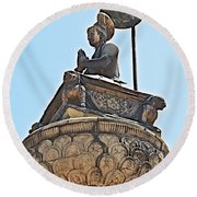 Top Of Stone Pillar In Bhaktapur Durbar Square In Bhaktapur-nepal Round Beach Towel