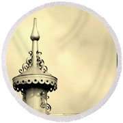 Top Of The Barn Tin Finial Round Beach Towel