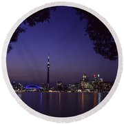 Toronto Skyline At Night Round Beach Towel