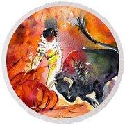 Bullfighting The Reds Round Beach Towel