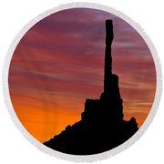 Totem Pole Sunrise Round Beach Towel