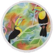 Toucan Play At This Game Round Beach Towel