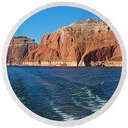 Tour Boat Wake In Lake Powell In Glen Canyon National Recreation Area-utah  Round Beach Towel