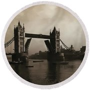 Tower Bridge London 1906 Round Beach Towel