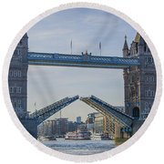 Tower Bridge Opened Round Beach Towel