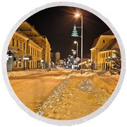 Town In Deep Snow On Christmas  Round Beach Towel