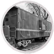 Tpw Rr Caboose Black And White Round Beach Towel