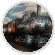 Train - Engine - 6 Nw Class G Steam Locomotive 4-6-0  Round Beach Towel by Mike Savad