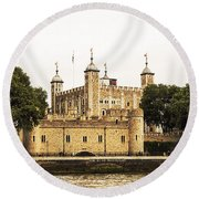 Traitors Gate Round Beach Towel