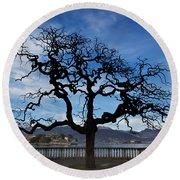 Tree And Borromee Islands Round Beach Towel