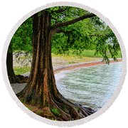 Tree In Paradise Round Beach Towel
