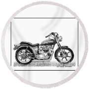 Trimuph In Black And White Round Beach Towel