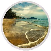Tropical Waves Round Beach Towel