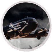 Trubute To Heroes Round Beach Towel