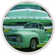 Truck In Grill Round Beach Towel