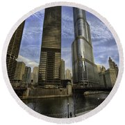 Trump Tower And River Front Round Beach Towel