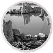Tufa In Black And White Round Beach Towel