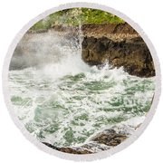 Turbulent Devils Churn - Oregon Coast Round Beach Towel