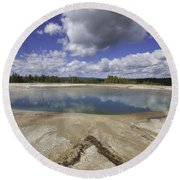 Turquoise Pool In Yellowstone National Park Round Beach Towel
