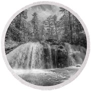 Turtletown Creek In Black And White Round Beach Towel
