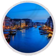Twilight On The Grand Canal Round Beach Towel