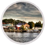 Two Rivers Pierhead Lighthouse  Round Beach Towel