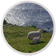 Two Sheep On The Cliffs At Sleive League - Donegal Ireland Round Beach Towel
